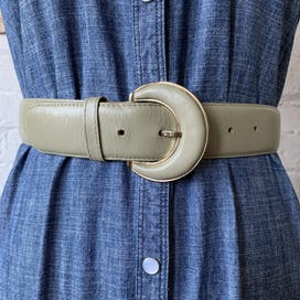 80's Taupe Leather Belt by Liz Claiborne