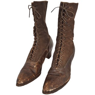 Victorian Brown Lace Up Boots