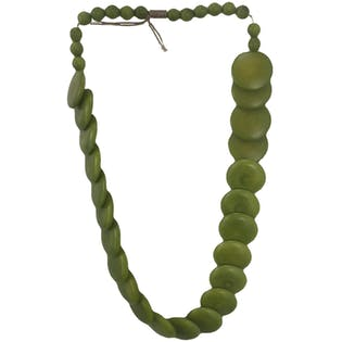 40's Green Flat Beaded Necklace