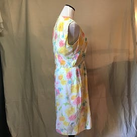 60's Sleeveless Floral Dress