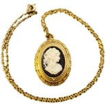 80's Deadstock Goldtone Black Cameo Locket Necklace