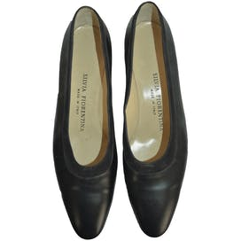Black Shoes with Suede Trim by Silvia Fiorentina