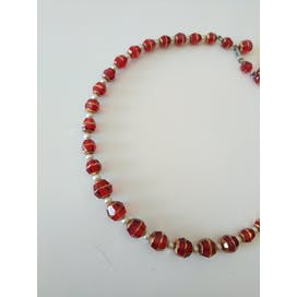 Red Beaded Necklace with Small Pearls