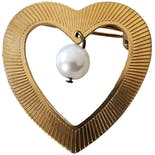 Gold Heart Pin with Pearl