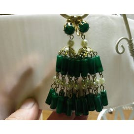 60's Green Dangle Drop Earrings with Pearls