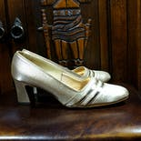 another view of 60's Mod Gold Pumps by Pick-A-Dilly
