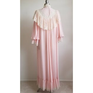 70's Embroidered Pink Half Puffy Sleeves Robe by Claire Sandra by Lucie Ann Beverly Hills