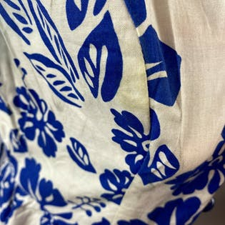 80's Blue & White Hawaiian Floral Dress by Sabino Petites