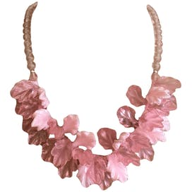 80's Pink Lucite Bead Leaves Necklace