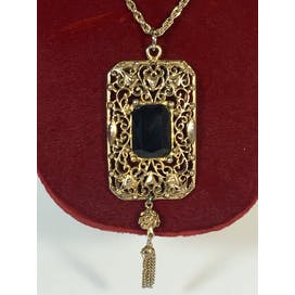 60's-does-Victorian Antique Style Necklace W/black Glass Stone Pendant